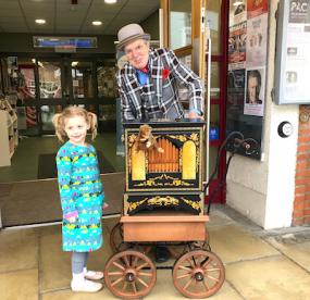 Penny Arcadia - Old Tyme Street Barrel Organ